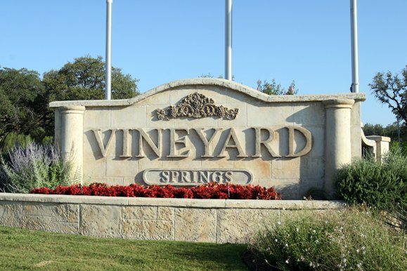 Thompson Realty Capital - Vineyard Springs Apartments (SOLD)